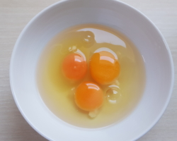 3 Eier von glücklichen Hühnern